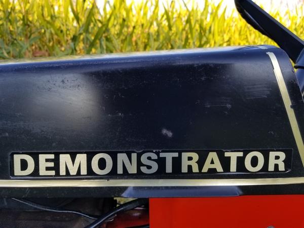 5) 1972 Case 444 Demonstrator G.T. - 7