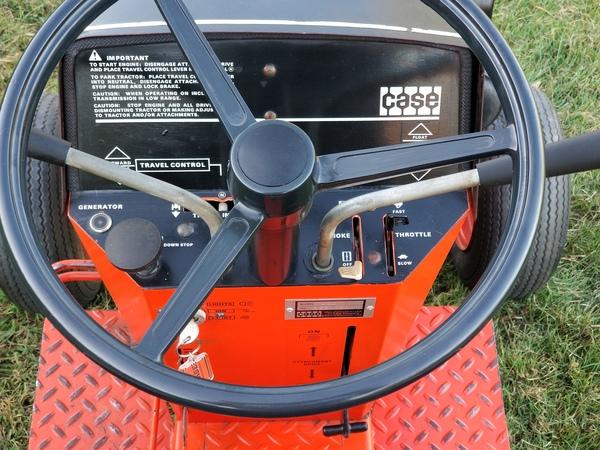 7) 1972 Case 444 Demonstrator G.T. - 8