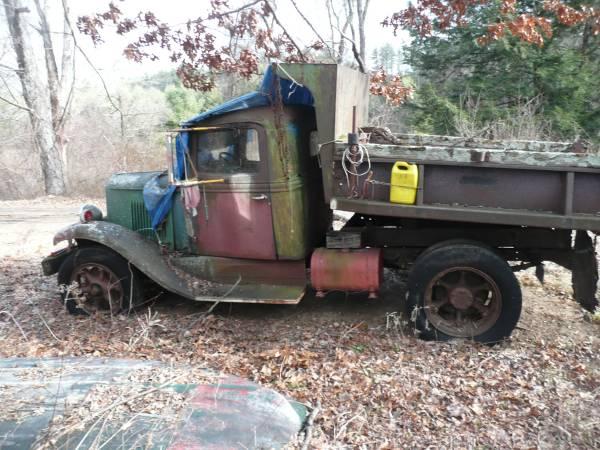 4) International C35 Dump Truck