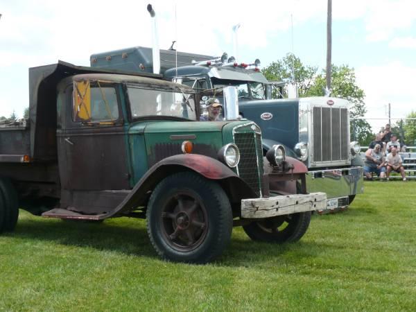 18) International C35 Dump Truck