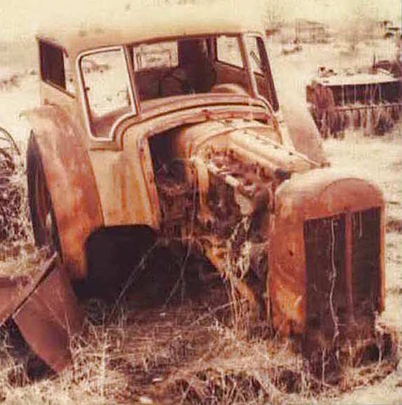 Photo of TTG 1938 Minneapolis-Moline UDLX Tractor
