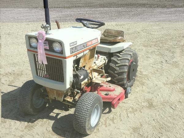 Photo of Bolens 1054 Garden Tractors