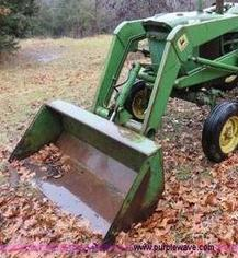 Photo of  John Deere 3020 Tractor Loader