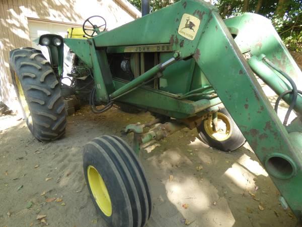 11) 1965 John Deere 3020 Tractor