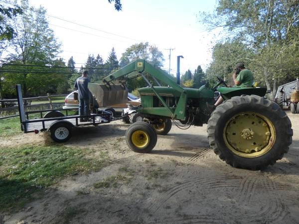 13) 1965 John Deere 3020 Tractor