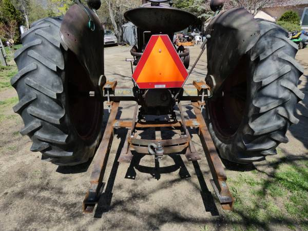 e) Oliver 77 Row Crop Tractor