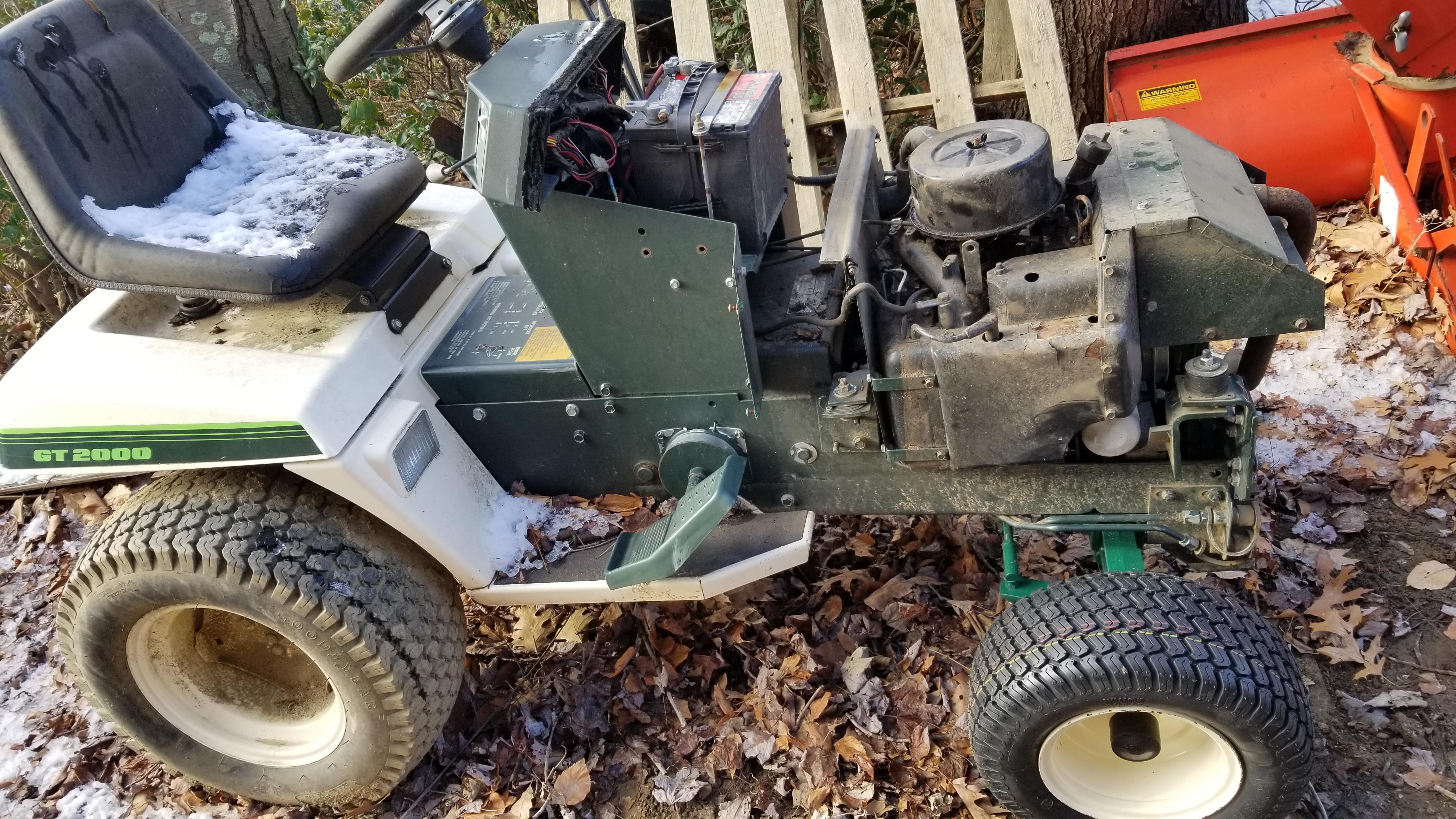 2) Bolens Duratrac GT2000 Tractor