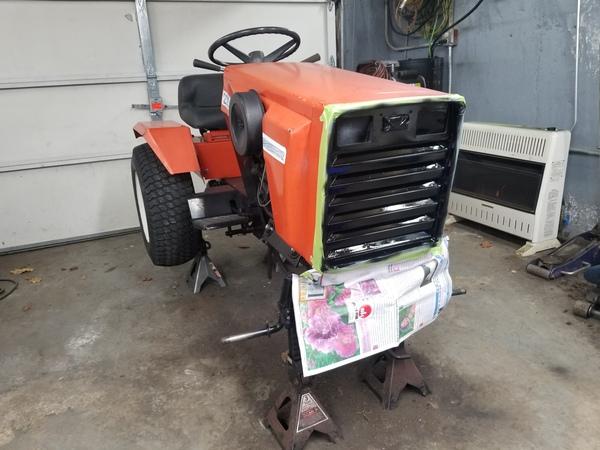 11) 220 Case Garden Tractor