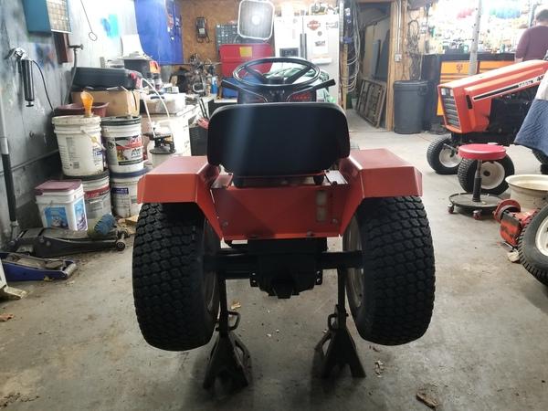 13) 220 Case Garden Tractor