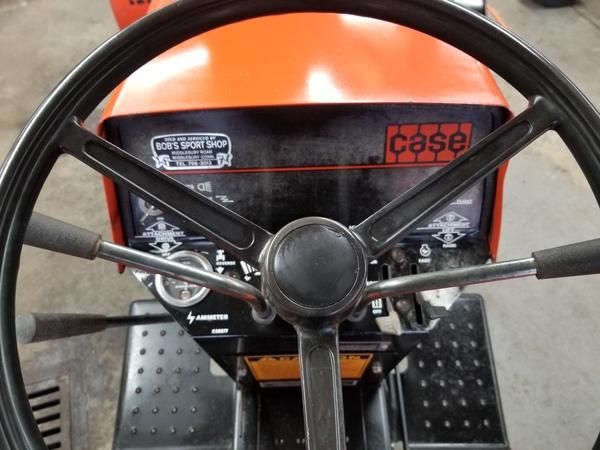 16) 220 Case Garden Tractor