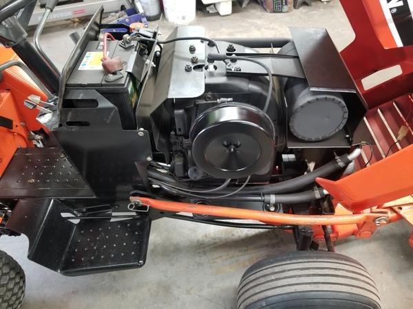 18) 220 Case Garden Tractor