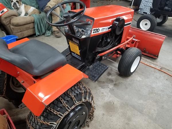 2) 220 Case Garden Tractor