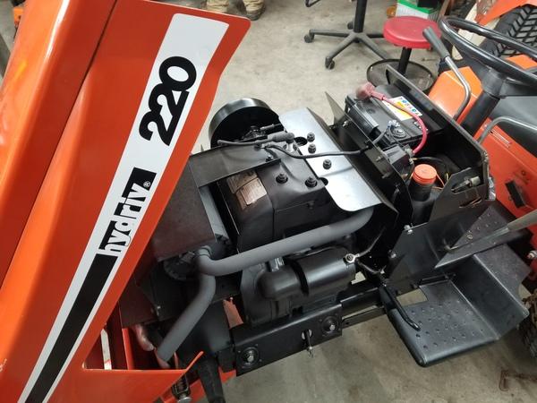 5) 220 Case Garden Tractor