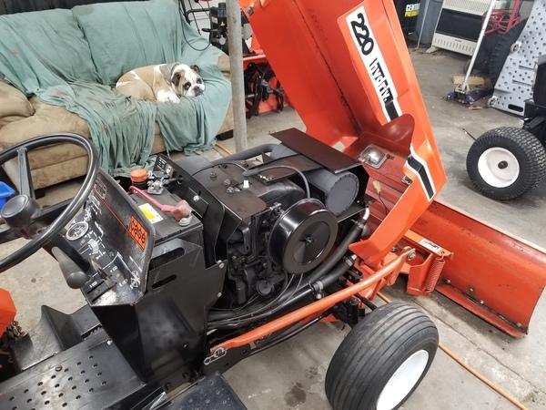 6) 220 Case Garden Tractor
