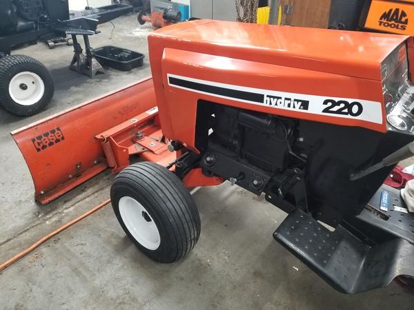 8) 220 Case Garden Tractor