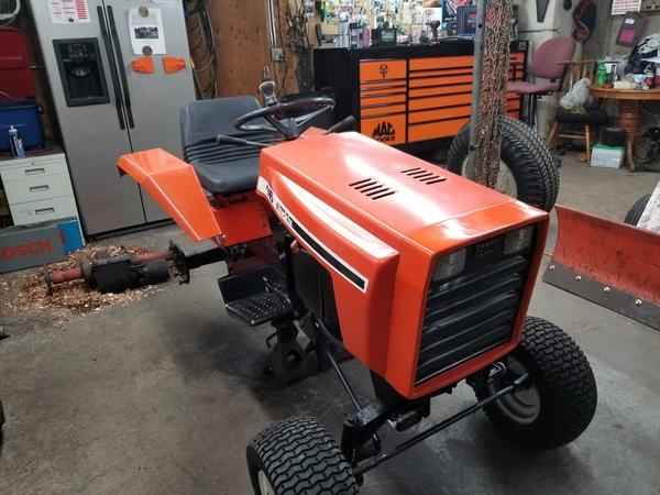 14) 446 Case Garden Tractor
