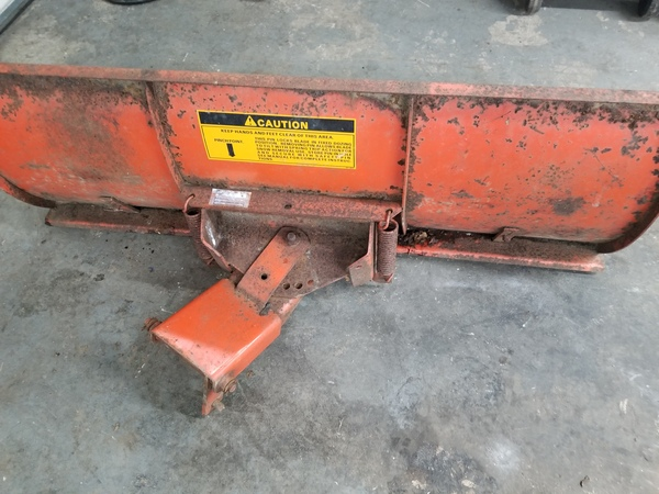 18) 446 Case Garden Tractor