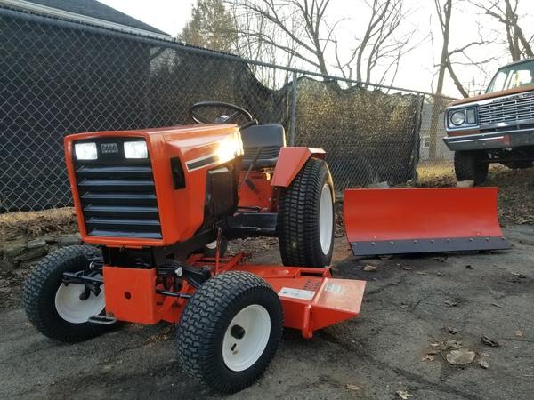 5) 446 Case Garden Tractor