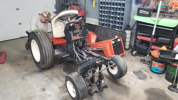 7) 446 Case Garden Tractor Refurb 2021