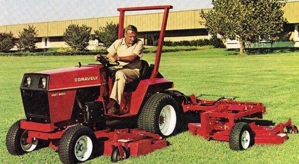 Photo of Gravely GMT 9000 Tractor