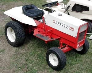 Photo of Gravely 424 Tractor
