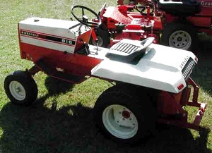 Photo of Gravely 816 Tractor