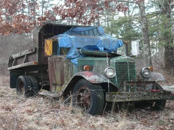 1) International C35 Dump Truck Cover