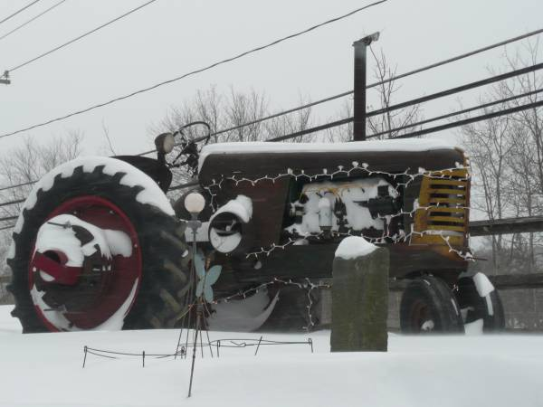 19) Oliver 77 Row Crop Tractor