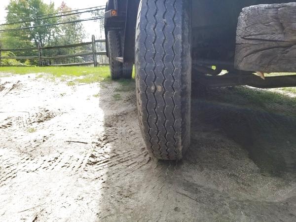 ua) 2018 C-30 Tires Yard Pic 10-01-a