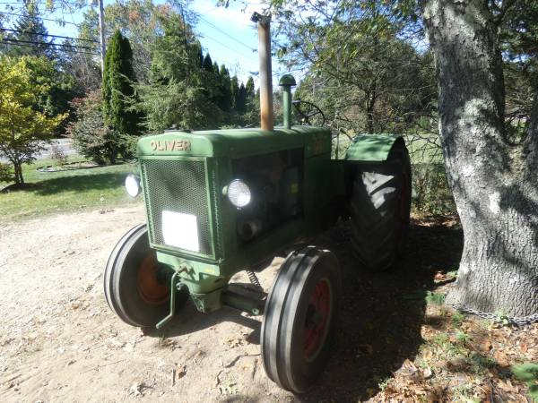14) 1938 Oliver 99 Tractor 9.22.17