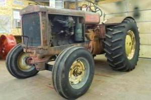 Photo of 1940 Cockshutt 99 Farm Tractor