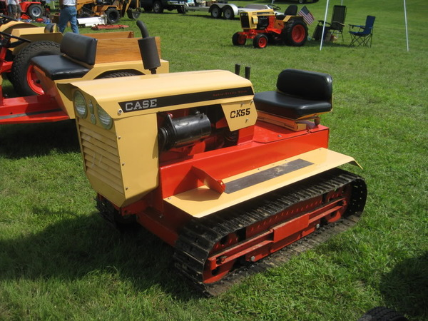 35) 1976 Case CK55 Crawler