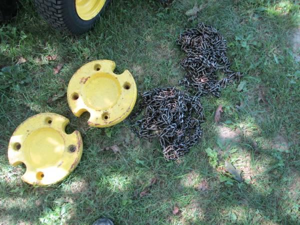 15) John Deere 216 Tractor