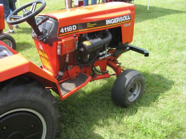 43) 1994 Ingersoll 4118-Diesel 18hp 3 Cly Perkins