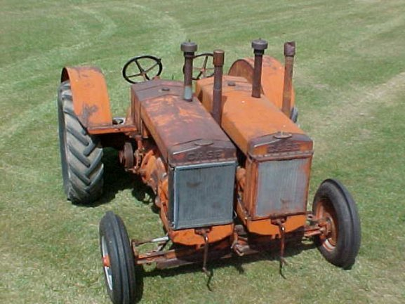 000) Old Case IH Double Tractor