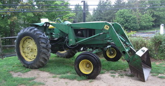 Photo of JD 3020 Tractor with Loader