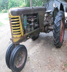 Photo of 1950 Oliver 77 Tractor